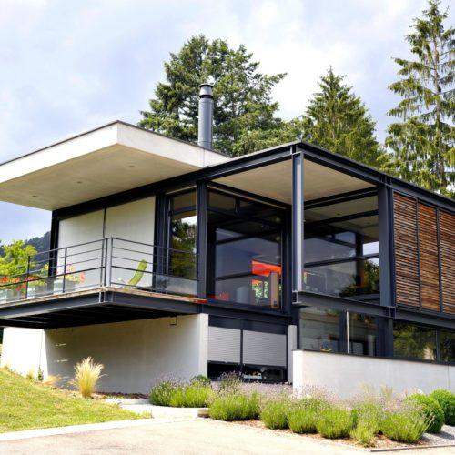 Villa, chassis aluminium Schuco, portes, fenêtres, coulissants, stores
